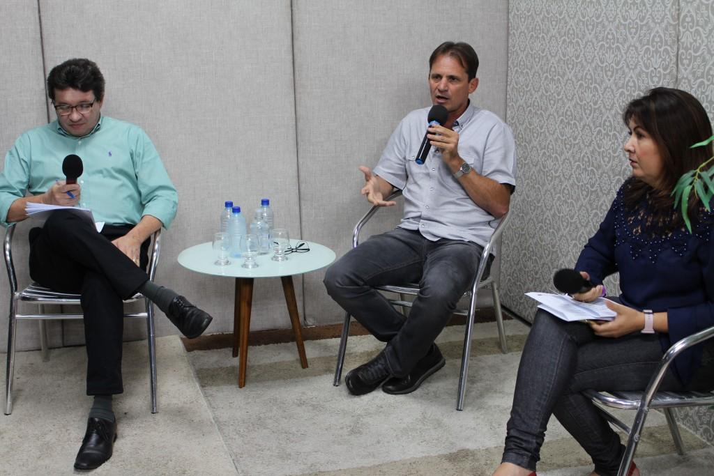 """Prefeitura de Queimadas realiza live sobre as ações realizadas na pandemia e lança o """"ZapSESAU"""""""