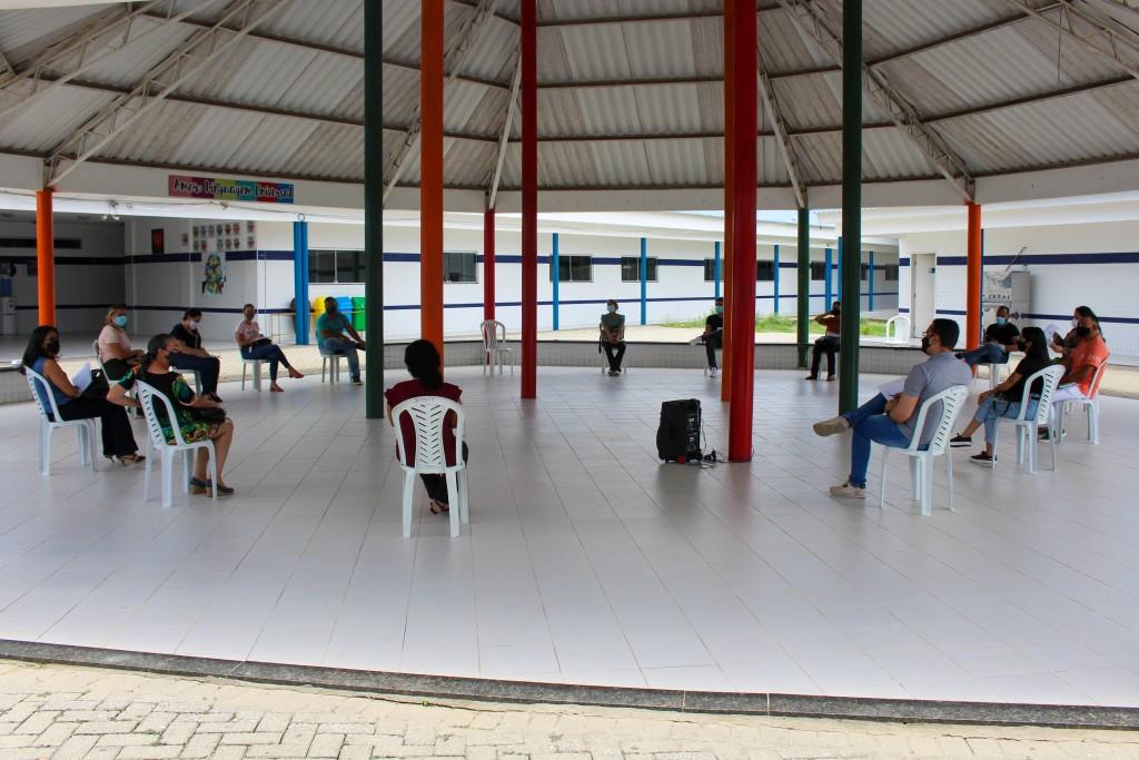 Prefeitura promove o primeiro encontro da rede de psicólogos de Queimadas-PB