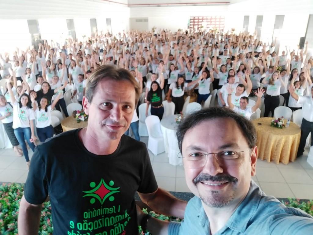 Seminário Humanização e Gestão em Saúde: prefeito destaca avanços e aprovação do PCCR para os profissionais da saúde