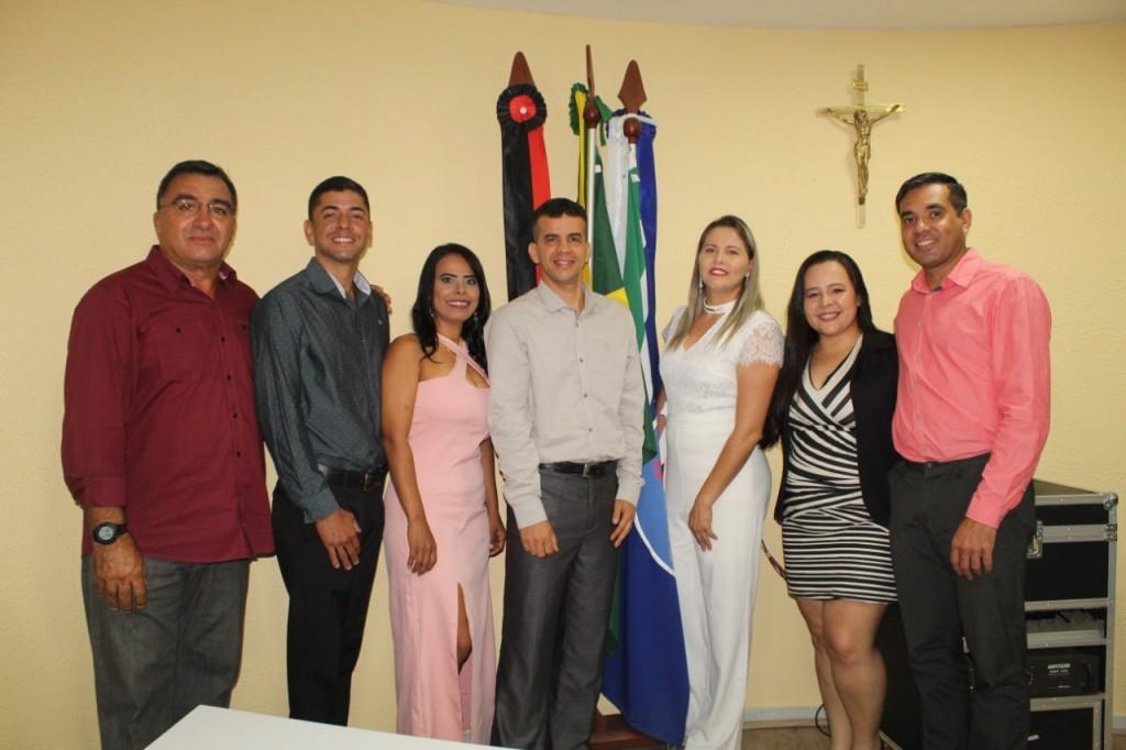 Novos conselheiros tutelares de Queimadas tomam posse para mandato de quatro anos