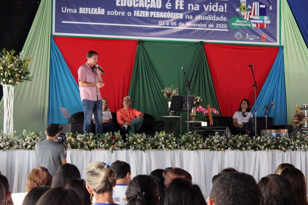 """Seduc inicia Jornada Pedagógica com o tema """"Educação é fé na vida"""""""