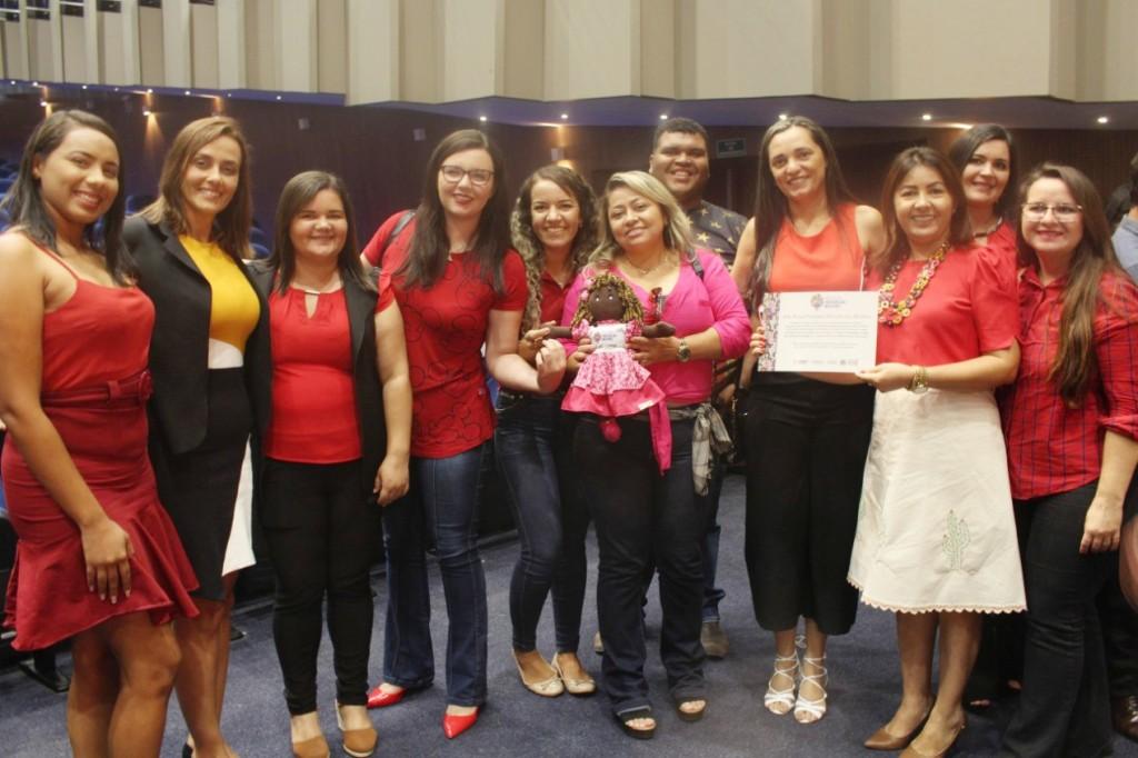 Reconhecimento: Queimadas é premiada com o Selo Social Prefeitura Parceira das Mulheres