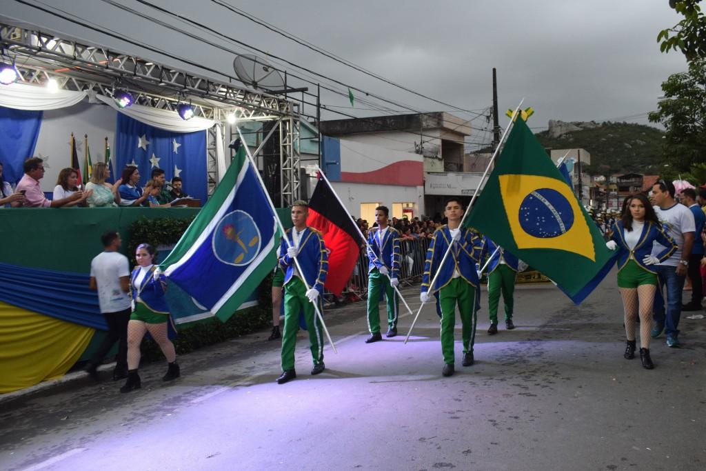 Prefeitura de Queimadas comunica cancelamento do Desfile Cívico de 7 de setembro