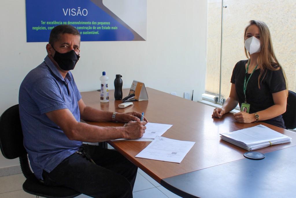 Programa Empreender PB assina contratos de concessão de linhas de créditos para empreendedores queimadenses