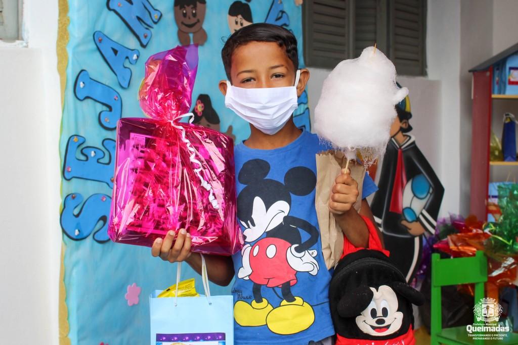 Programa Criança Feliz e SCFV realizam pit stop em alusão ao Dia das Crianças